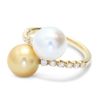 London Gold Bypass Pearl Ring